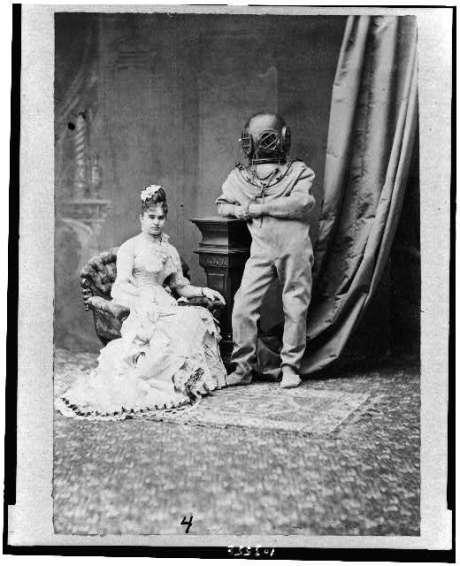 miss Bernhardt y el buzo