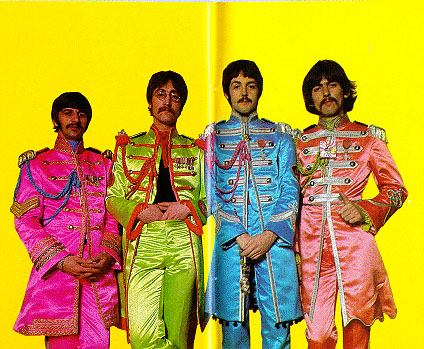 beatles_sgt_pepper_main_insert_pic2